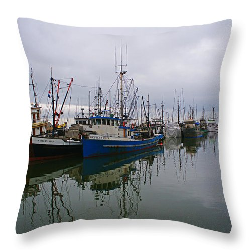 Fishing Boats Throw Pillow featuring the photograph Western Chief Reflections by Randy Harris