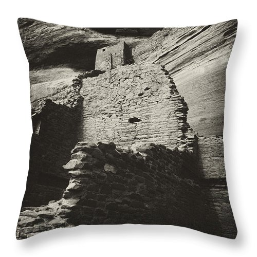White Room House Throw Pillow featuring the photograph White Room House 2 by Paul W Faust - Impressions of Light