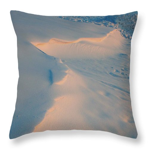Photo Throw Pillow featuring the photograph Winter Sunset by Jutta Maria Pusl