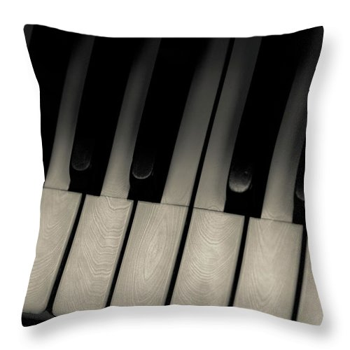 Piano Throw Pillow featuring the photograph Wurlitzer Two by Sam Hymas