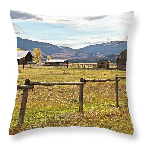 Barns Throw Pillow featuring the photograph Wyoing Barns by Carolyn Fox