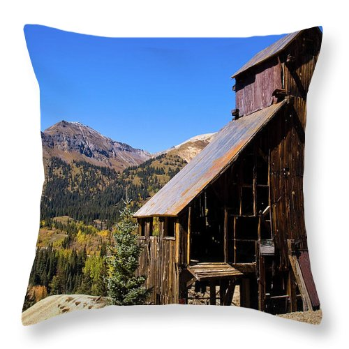 Colorado Throw Pillow featuring the photograph Yankee Girl Mine by Steve Stuller