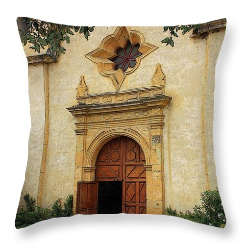 Welcoming Throw Pillow featuring the photograph You Are Welcome Here by Carol Groenen
