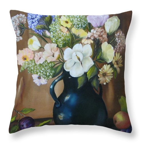 Bouquet Throw Pillow featuring the painting Garden Bouquet by Carol Sweetwood