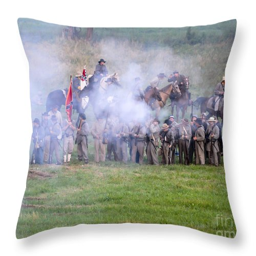 150th Throw Pillow featuring the photograph Gettysburg Confederate Infantry 7503c by Cynthia Staley