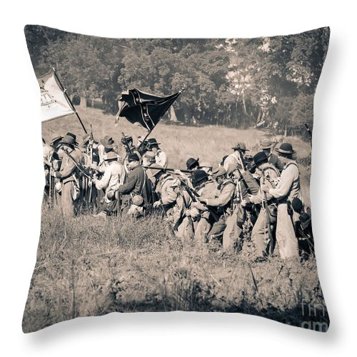 150th Throw Pillow featuring the photograph Gettysburg Confederate Infantry 9281s by Cynthia Staley