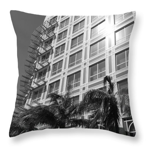 Black And White Throw Pillow featuring the photograph Miami House by Rob Hans