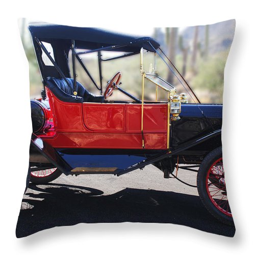 Horseless Carriage Throw Pillow featuring the photograph 1911 Ford Model T Torpedo by Jill Reger