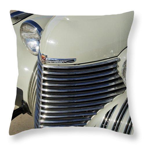 1940 Cadillac 60 Special Sedan Throw Pillow featuring the photograph 1940 Cadillac 60 Special Sedan Grille by Jill Reger