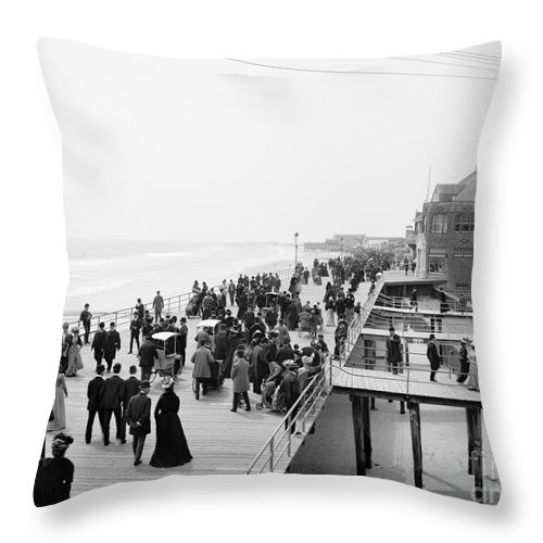 1900 Throw Pillow featuring the photograph Atlantic City: Boardwalk by Granger