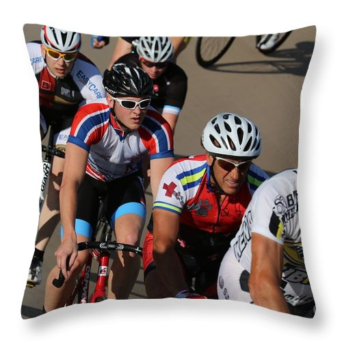 Pursuit Throw Pillow featuring the photograph Cycle Racing by Douglas Sacha
