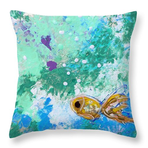 Fish Throw Pillow featuring the painting 1 Gold Fish by Gina De Gorna