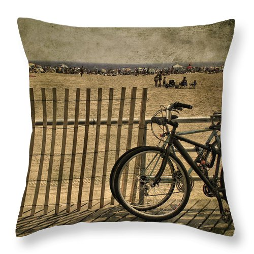 Fence Throw Pillow featuring the photograph Gone Swimming by Evelina Kremsdorf