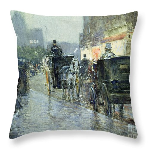 Horse Drawn Cabs At Evening Throw Pillow featuring the painting Horse Drawn Cabs At Evening In New York by Childe Hassam