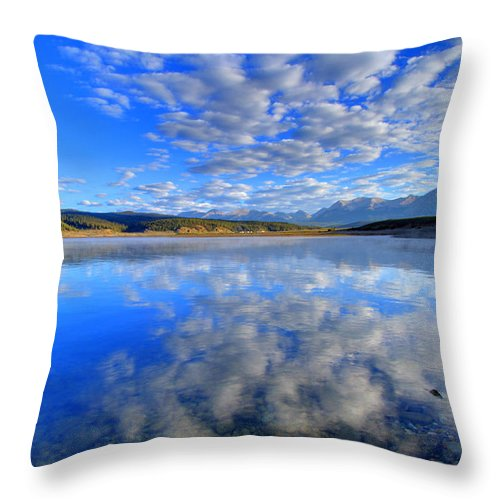 Inspire Throw Pillow featuring the photograph Inspiration by Scott Mahon