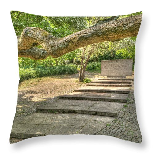 Jfk Throw Pillow featuring the photograph Jfk Memorial Runnymede by Chris Day