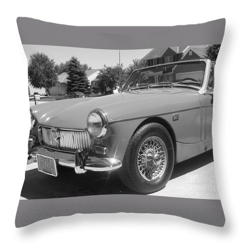 Mg Throw Pillow featuring the photograph Mg Midget by Neil Zimmerman