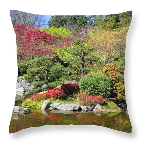 Garden Throw Pillow featuring the photograph Momiji Gardens by Frank Townsley