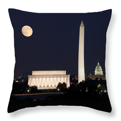 Moon Throw Pillow featuring the photograph Moon Rising In Washington Dc by Steven Heap