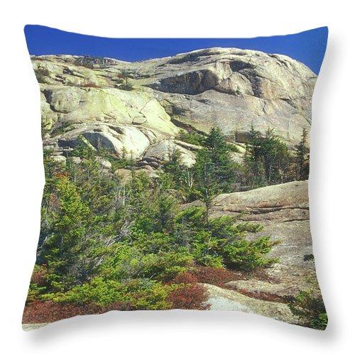 Mount Chocorua Throw Pillow featuring the photograph Mount Chocorua Granite Summit by John Burk