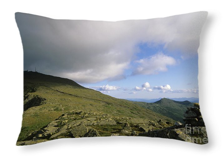 Mount Washington Throw Pillow featuring the photograph Mount Washington New Hampshire Usa by Erin Paul Donovan