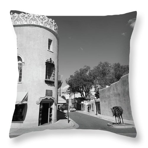 Adobe Throw Pillow featuring the photograph Santa Fe New Mexico by Frank Romeo