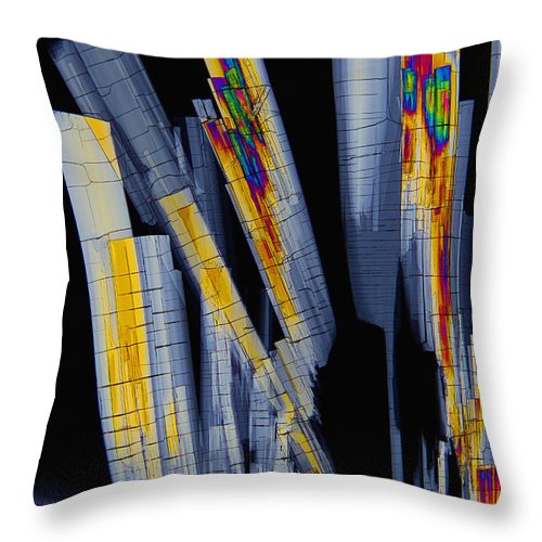 Biochemistry Throw Pillow featuring the photograph Sildenfil Nitrate, Polarized Lm by Antonio Romero