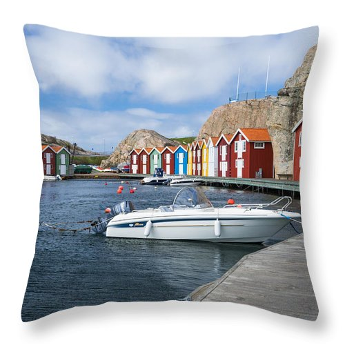 Smogen Throw Pillow featuring the photograph Smogen by James Billings