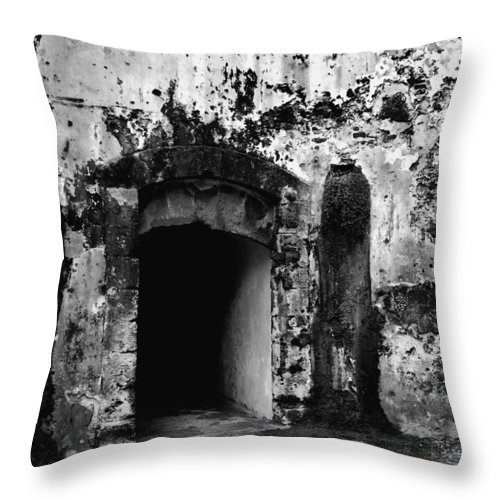 Fort Throw Pillow featuring the photograph Spanish Fort Doorway by Perry Webster