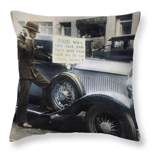 1929 Throw Pillow featuring the photograph Stock Market Crash by Granger