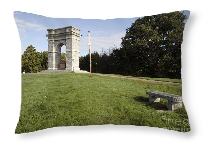 Granite Throw Pillow featuring the photograph Titus Arch Replica - Northfield Nh Usa by Erin Paul Donovan