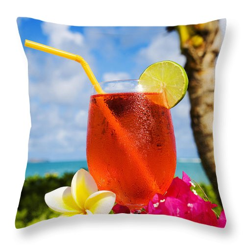 Bar Throw Pillow featuring the photograph Tropical Cocktail by Tomas del Amo - Printscapes