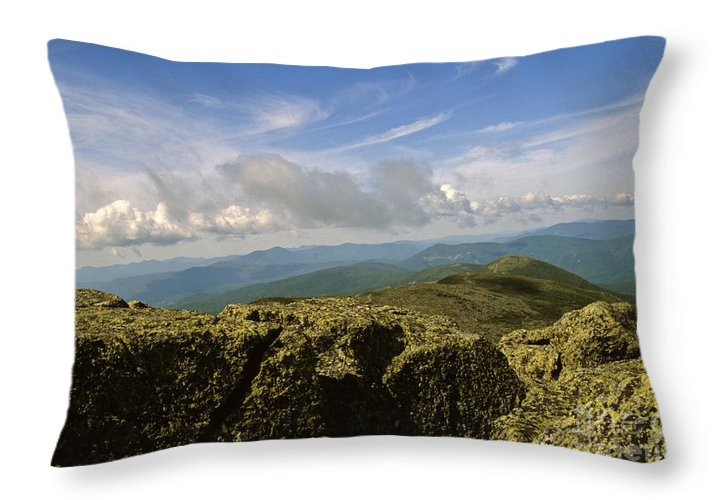 Appalachian Trail Throw Pillow featuring the photograph White Mountain National Forest - New Hampshire Usa by Erin Paul Donovan