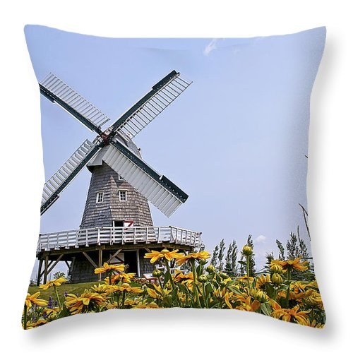 Windmill Throw Pillow featuring the photograph Windmill by Teresa Zieba