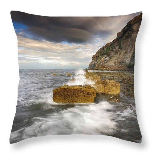 Saltwick Bay Throw Pillow featuring the photograph Saltwick Bay by Smart Aviation
