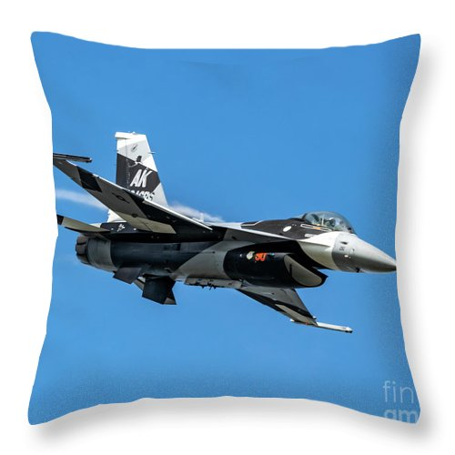 18th Aggressor Squadron Throw Pillow featuring the photograph 18th Aggressor Sgn Viper Pulling Up Trailing Vapes by Joe Kunzler