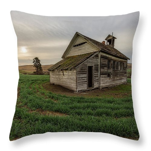 Oregon Throw Pillow featuring the photograph 1910 Schoolhouse by Everet Regal