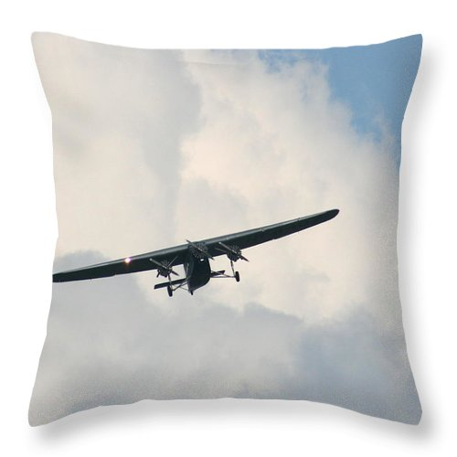 Air Throw Pillow featuring the photograph 1929 Ford Tri Motor Mail Plane Incoming by David Dunham
