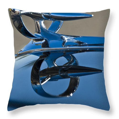 1947 Buick Roadmaster Throw Pillow featuring the photograph 1947 Buick Roadmaster Hood Ornament by Jill Reger