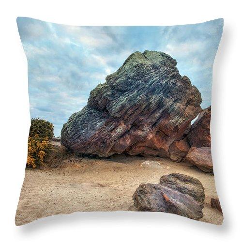 Agglestone Rock Throw Pillow featuring the photograph Agglestone Rock - England by Joana Kruse