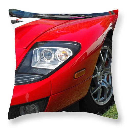 Ford Throw Pillow featuring the photograph Ford Gt by Neil Zimmerman
