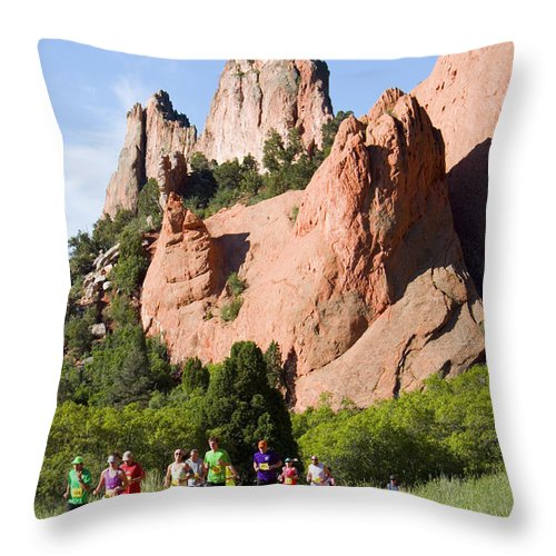 Garden Of The Gods 10 Miler Throw Pillow featuring the photograph Garden Of The Gods Ten Mile Run In Colorado Springs by Steve Krull