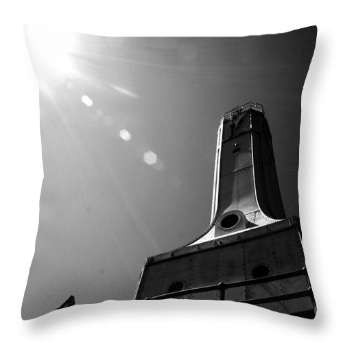 Port Washington Throw Pillow featuring the photograph Hope by Jamie Lynn