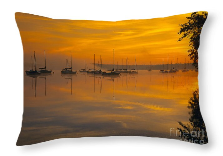 Lake Massabesic Throw Pillow featuring the photograph Lake Massabesic - Auburn New Hampshire Usa by Erin Paul Donovan