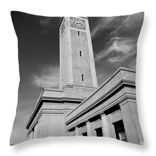 Lsu Throw Pillow featuring the photograph Memorial Tower - Lsu Bw by Scott Pellegrin