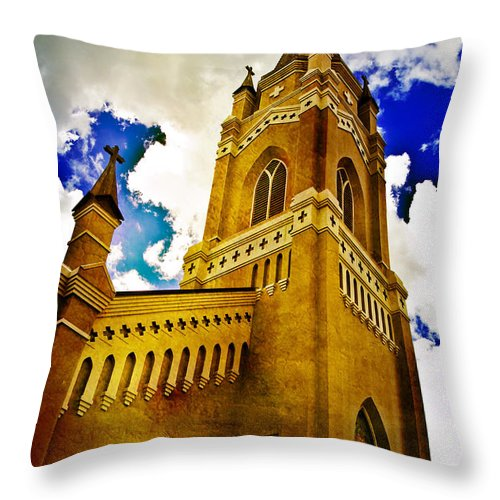 Church Throw Pillow featuring the photograph Reaching For The Heavens by Scott Pellegrin