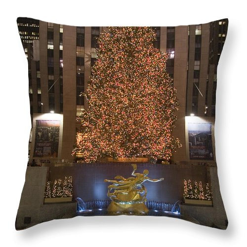 New York City Throw Pillow featuring the photograph Rockefeller Center And The Famous by Taylor S. Kennedy