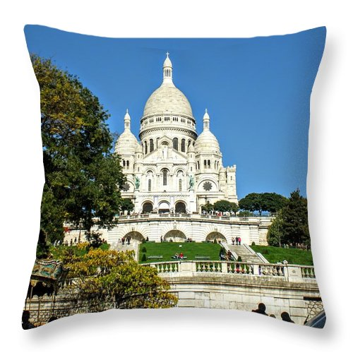 Sacre-coeur Throw Pillow featuring the photograph Sacre-coeur / Basilica Of The Sacred Heart Of Paris by Clay Kirby