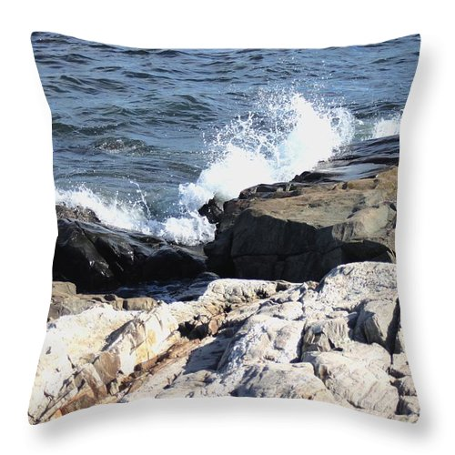 Seacoast Throw Pillow featuring the pyrography 2010 Nh Seacoast 2 by Robert Morin
