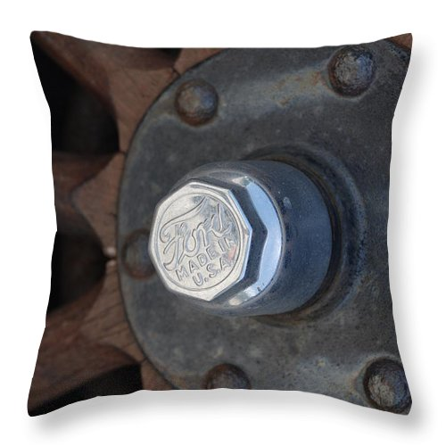 Hup Caps Throw Pillow featuring the photograph 1926 Model T Ford by Rob Hans